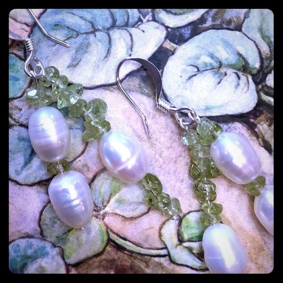 Rock candy peridot and freshwater pearl Earrings